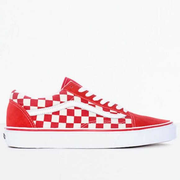 Vans Old Skool Red   White Checkered Skate Shoes. M 5bd77c883e0caa1edfe0500b 84e81910f5